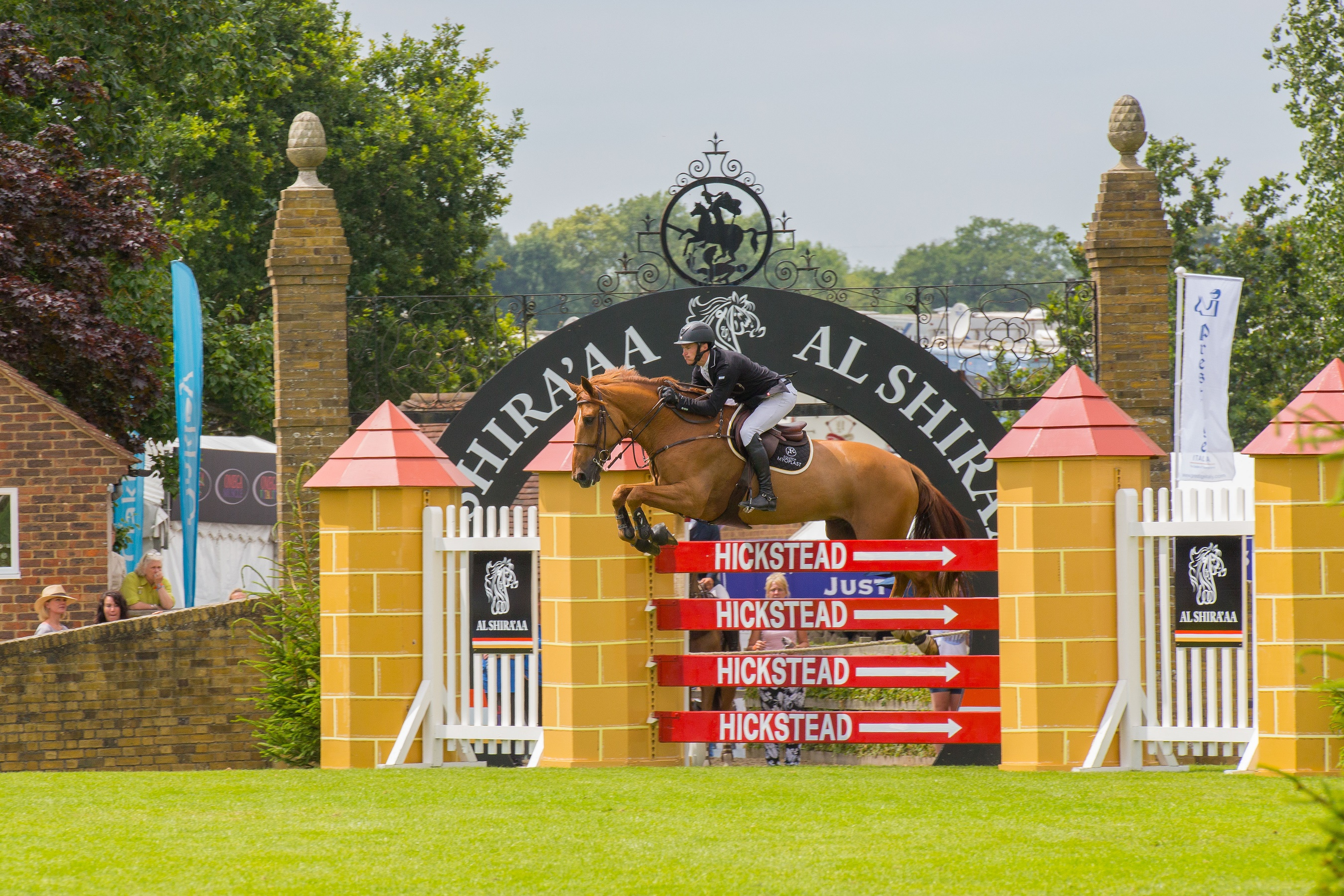 Trade Stands Hickstead : Win two members enclosure tickets for the al shiraaa hickstead